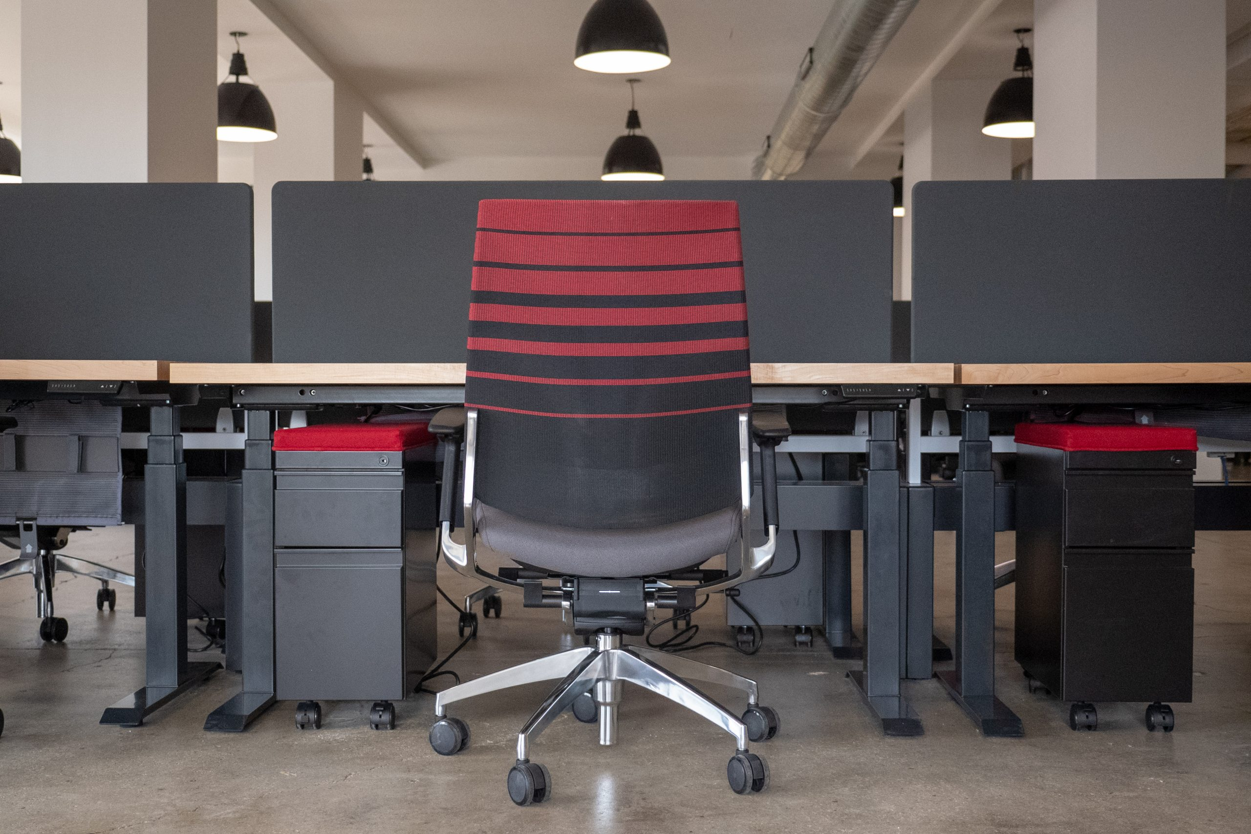 chicago-office-furniture-benching-red-task-chair